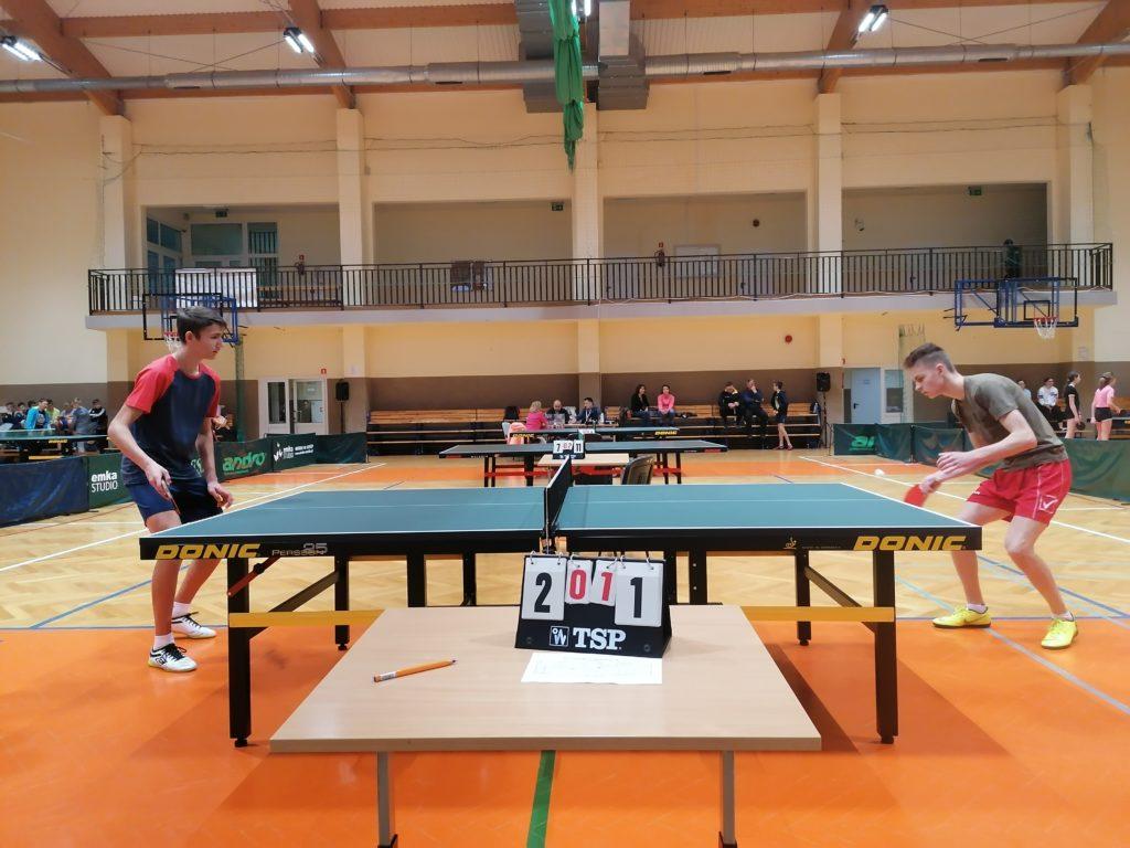 3 miejsce chłopców i 4 miejsce dziewcząt w Gminnym Turnieju w tenise stołowowym.